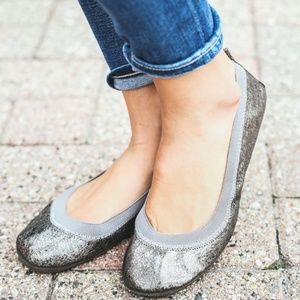 Yosi Samra Pewter Metallic Leather Flat Size:7